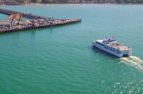 FastCat approaches Ryde Pier Head port