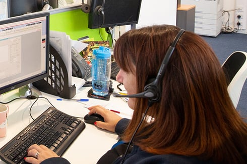 Member of Wightlink staff from Contact Centre answers phone call